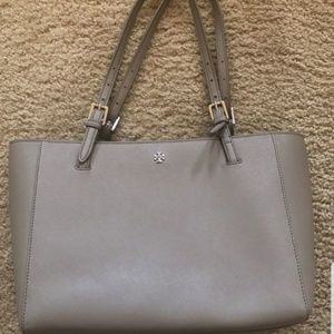 💥🔥 Tory Burch Grey Tote 💥🔥